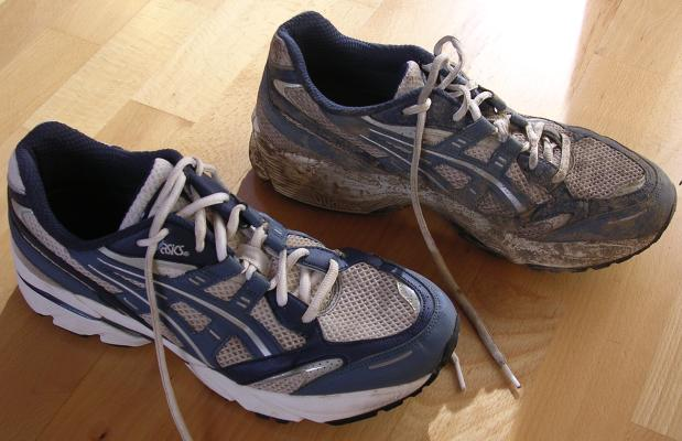 http://www.runworks.com/templates/runworksClean/images/photos/shoes_washed.jpg